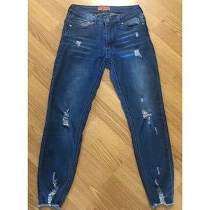 Super comfy Distressed Jeans 👖